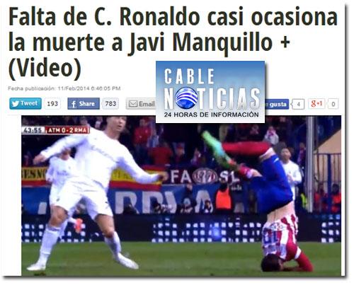 La caída de Javi Manquillo tras saltar con Cristiano Ronaldo